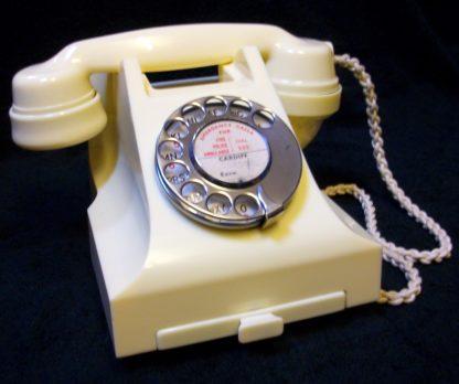 Ivory 332 telephone