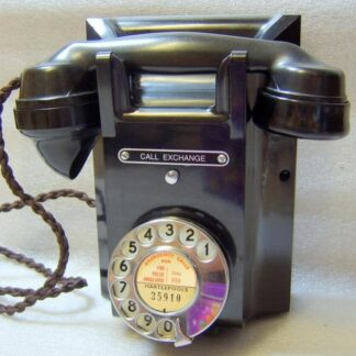 Black 311 telephone